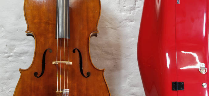 Cello und Accord Cellokasten
